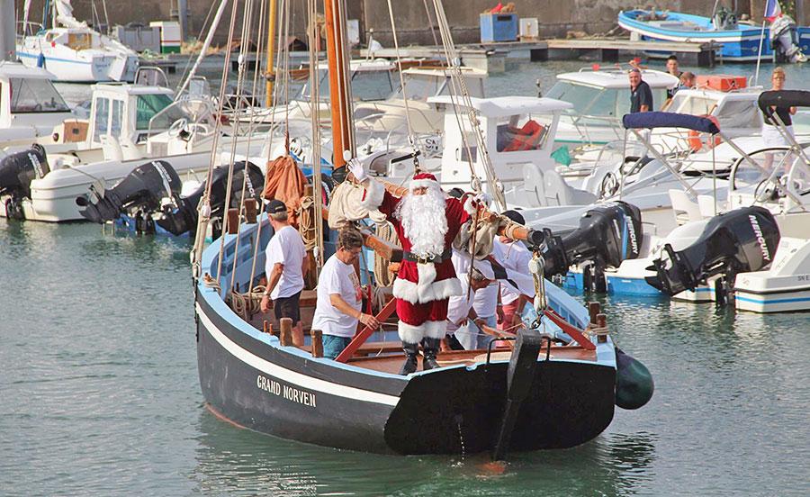 Le Père Noël fait son Carnaval à Piriac-sur-Mer