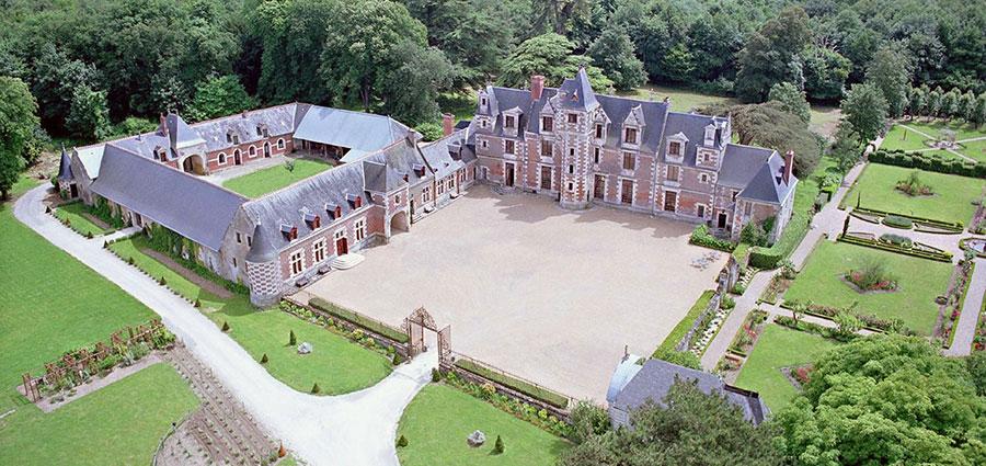 Château de Jallanges - vue aérienne